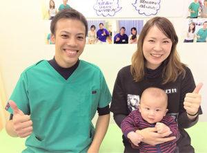 産後骨盤矯正で赤ちゃんとの写真